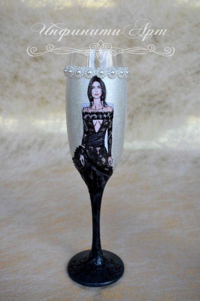 Чаша за моминско парти