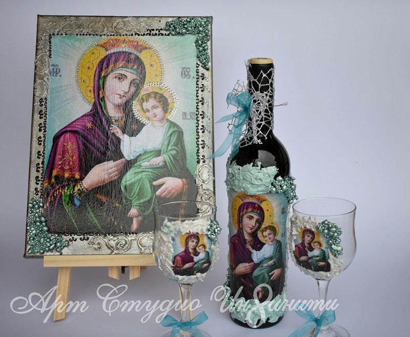Комплект бутилка вино с чаши и Икона